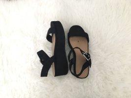 Schwarze Sandale