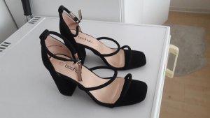 schwarze Sandalen mit Blockabsatz und 3 Riemchen 39