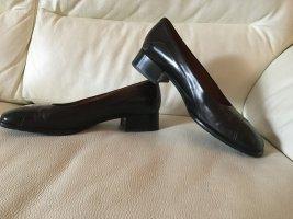 Schwarze Schuhe aus echtem Leder von Gritti