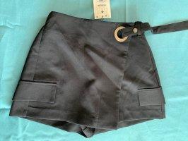 Bershka High-Waist-Shorts black