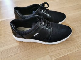 Schwarze Sneaker von Bench