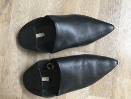 H&M Zuecos negro Cuero