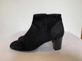Brunate Zipper Booties black leather