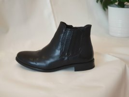 Schwarze Stiefeletten von Giorgio Venuti, Gr. 36, nie getragen