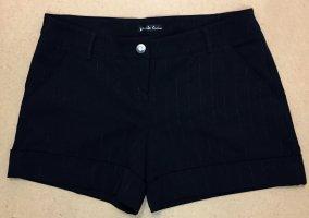 schwarze Stoff-Shorts mit Streifen, low waist, Gr. 36
