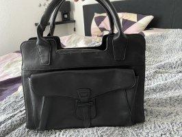 Schwarze Tasche