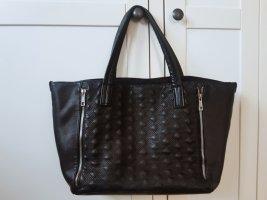 Schwarze Tasche aus Kunstleder