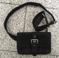 Schwarze Umhängetasche aus Leder