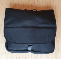 Schwarzer Messenger-Bag