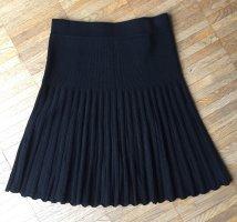 Falda de punto negro