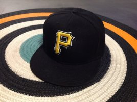 New Era Berretto da baseball nero-giallo