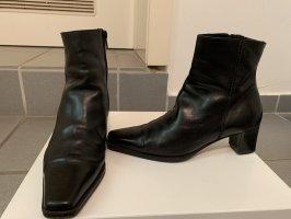 Sehr gut erhaltene Lederstiefel von Donna Carolina, Gr. 38