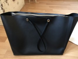 Sehr gut erhaltene neuwertige Furla Leder Tasche/ Shopper, schwarz/Gold
