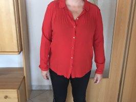 Sehr schöne rote Bluse