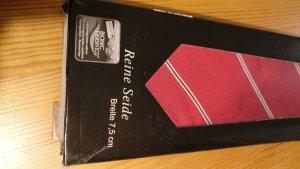 Cravate ascot rouge foncé-bordeau