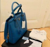 Seltene PRADA Kult-Tasche Saffiano Leder NEU in Fullset: Schoss+Nametag+Kaufbeleg+Echtheitszertifikat+Dustbag+Originalverpackung