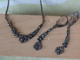 Set Collier Halskett und Ohrhänger Ohrringe Blumen Flower Floral Markasit und Rubine 925 Silber Gesamtlänge der Kette 48,5cm