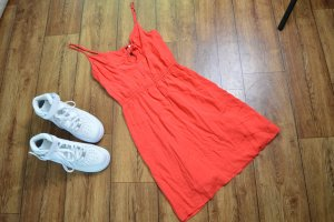 H&M Divided Vestido cut out rojo