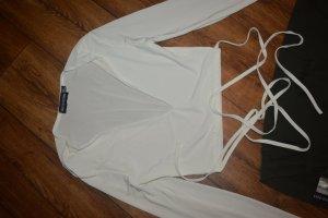 Shirt Gr. 36 zum Binden Prettylittlething