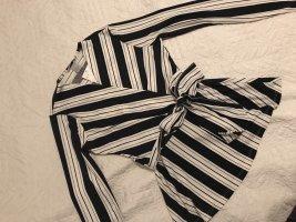 H&M Camisa cruzada negro-blanco