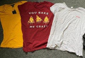 Shirts und Gürtel
