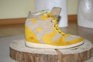 Shoot Sneakers met hak geel-beige Leer