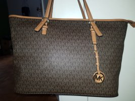 shopper Michael Kors