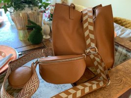 Börse in Pelle Shopper camel-cognac-coloured