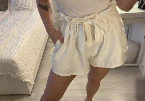 Cherry Koko Shorts bianco sporco-crema