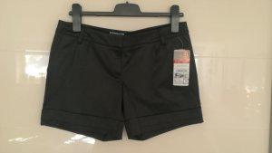 Shorts aus Glanzstoff Gr. 38