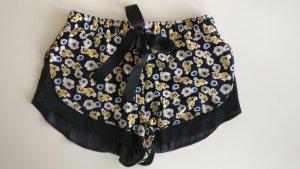 Shorts Blumenmuster