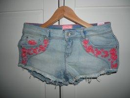 Shorts Größe W 26