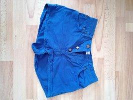 Shorts in Blau
