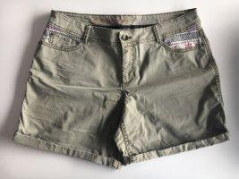 Shorts in Khaki von Esprit