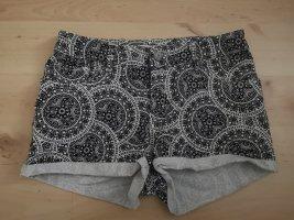 Amisu Shorts white-black