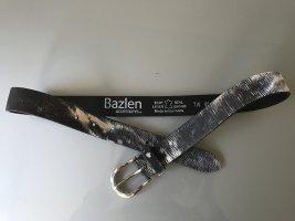 Silber - schwarzer Ledergürtel