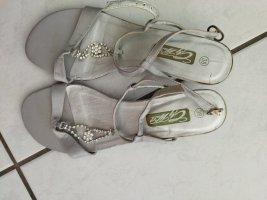silberfarbene/graue Schuhe von City Walk in Gr. 38