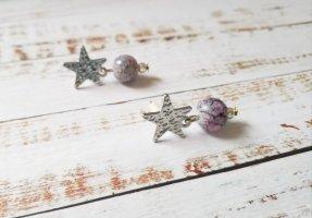 silberfarbene Ohrringe mit marmorierter Perle und Sternen NEU UNIKATE