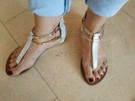 Silberfarbene Sandalen, Gr 38