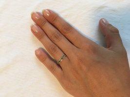 Zdobiony pierścionek srebrny