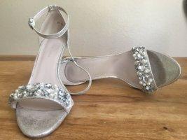 Silberne Party-Sandalette