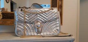 Silberne Tasche