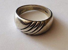 Silberner Ring von Quinn Franz Scheurle