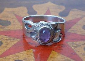 Srebrny pierścionek srebrny-fiolet Metal