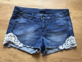 Sisley: Jeansshorts Hotpants Blau mit Spitze W29 neuwertig