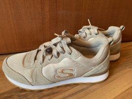 Skechers 38