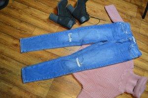 Skinny High Waist Destroyed Jeans Nakd 38