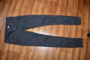 Skinny Jeans Gr. 38 H&M mit Cut