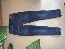 Skinny Jeans mit Loch  an der Wade