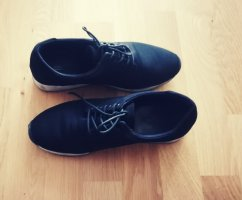 Vagabond Lace-Up Sneaker white-black